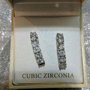Exquisite cubic zirconia earrings